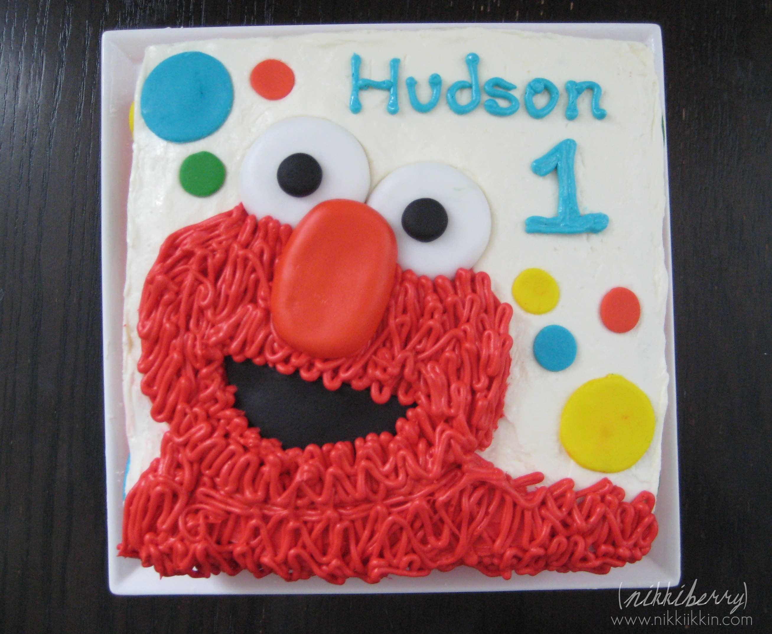 Elmo Design Birthday Cake : Hudson s Elmo Cake