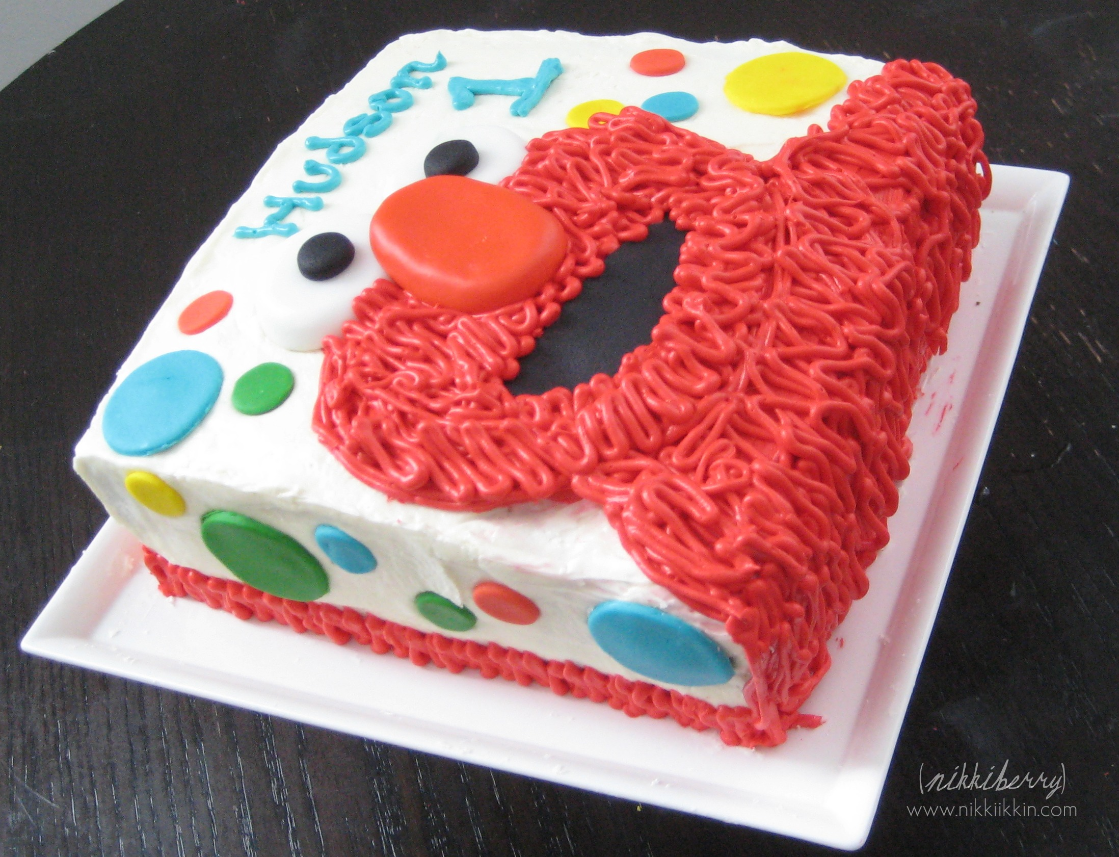 Elmo Design Birthday Cake : cupcake