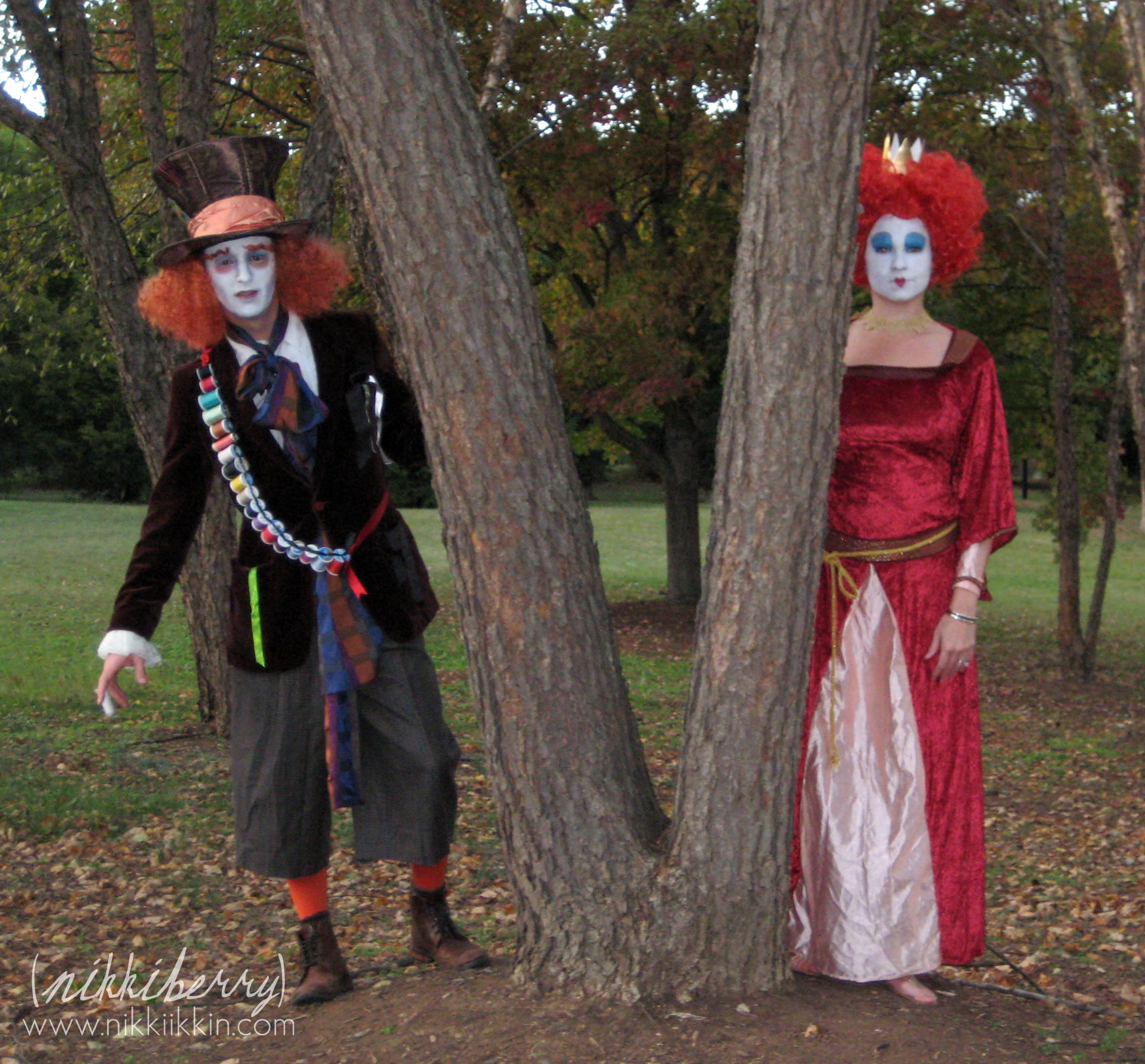 The wonderland family halloween costumes mad hatter and red queen halloween costumes solutioingenieria Choice Image