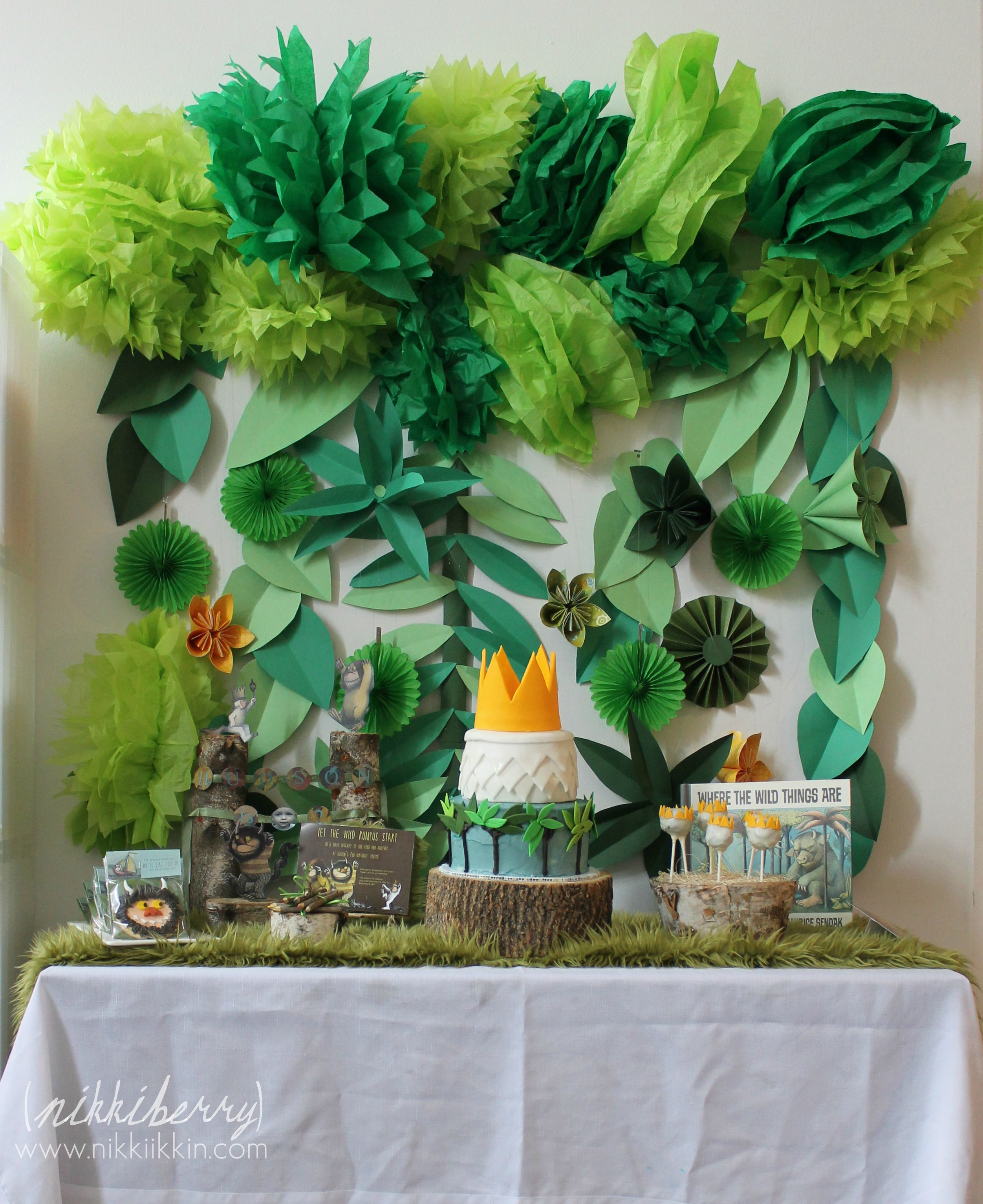 Where the wild things are party 1 for Party backdrop ideas