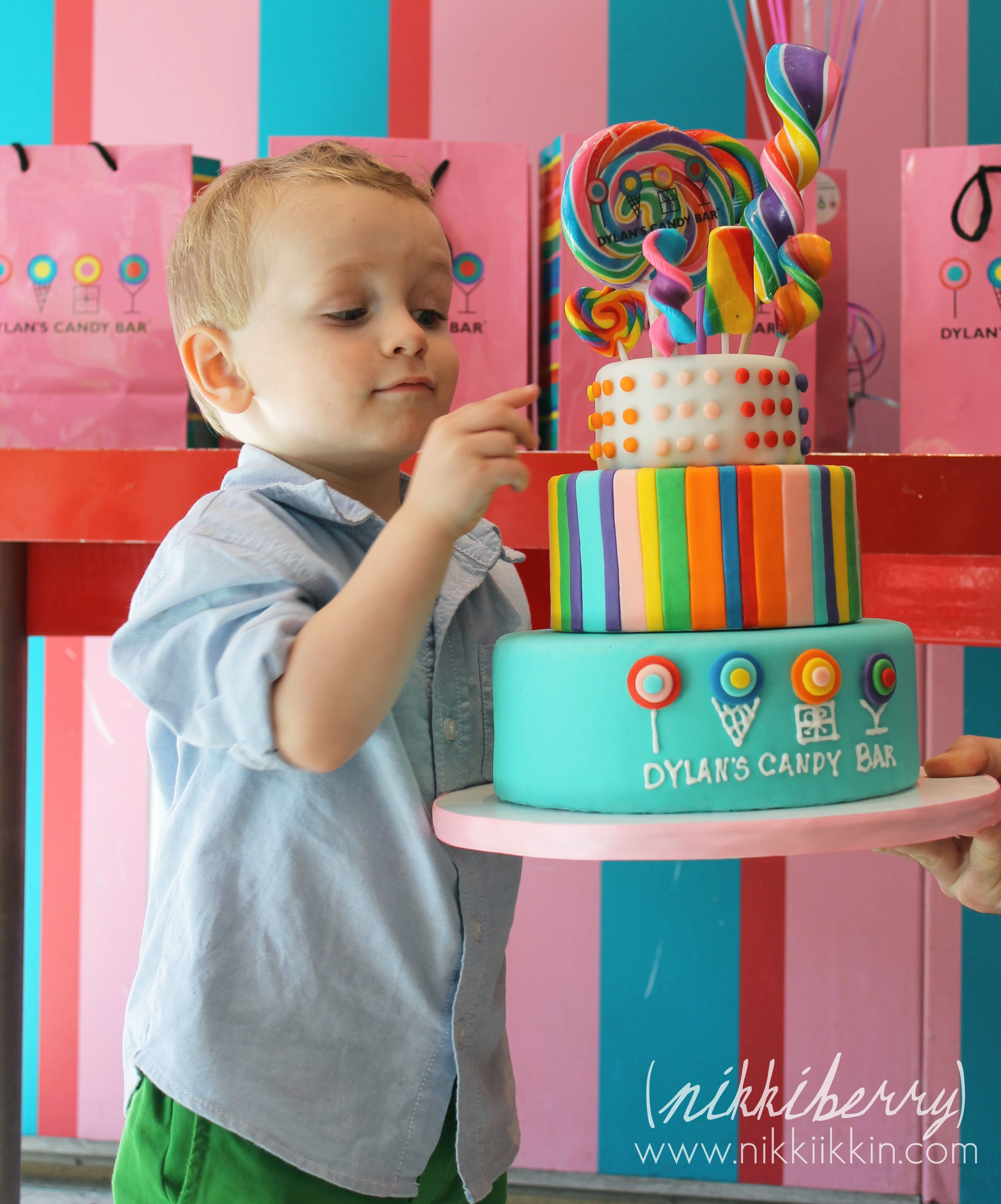 Macy S 10th Birthday Party At Dylan S Candy Bar