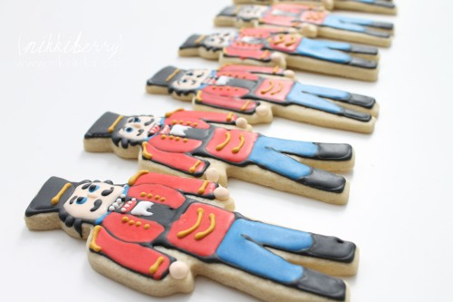 nikkiikkin nutcracker cookies 10