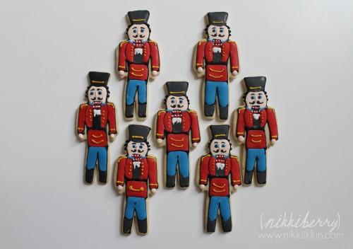 nikkiikkin nutcracker cookies 7
