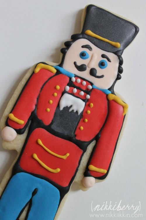 nikkiikkin nutcracker cookies 9