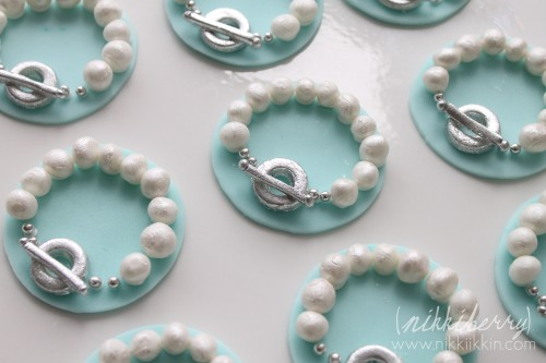 Pearl and Toggle Bracelet TIffany and Co Toppers