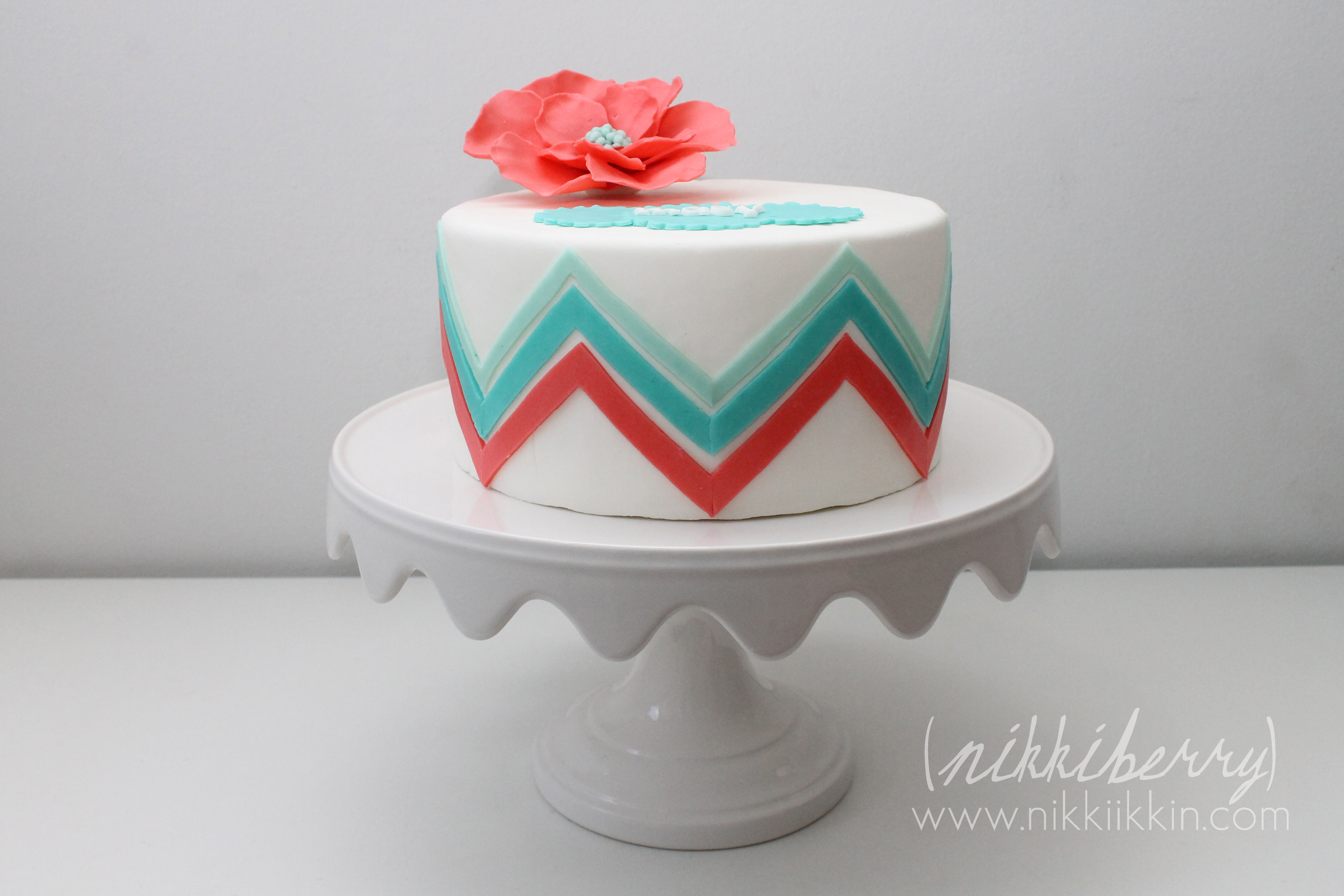Cake Decorating Zig Zag : chevron cakes