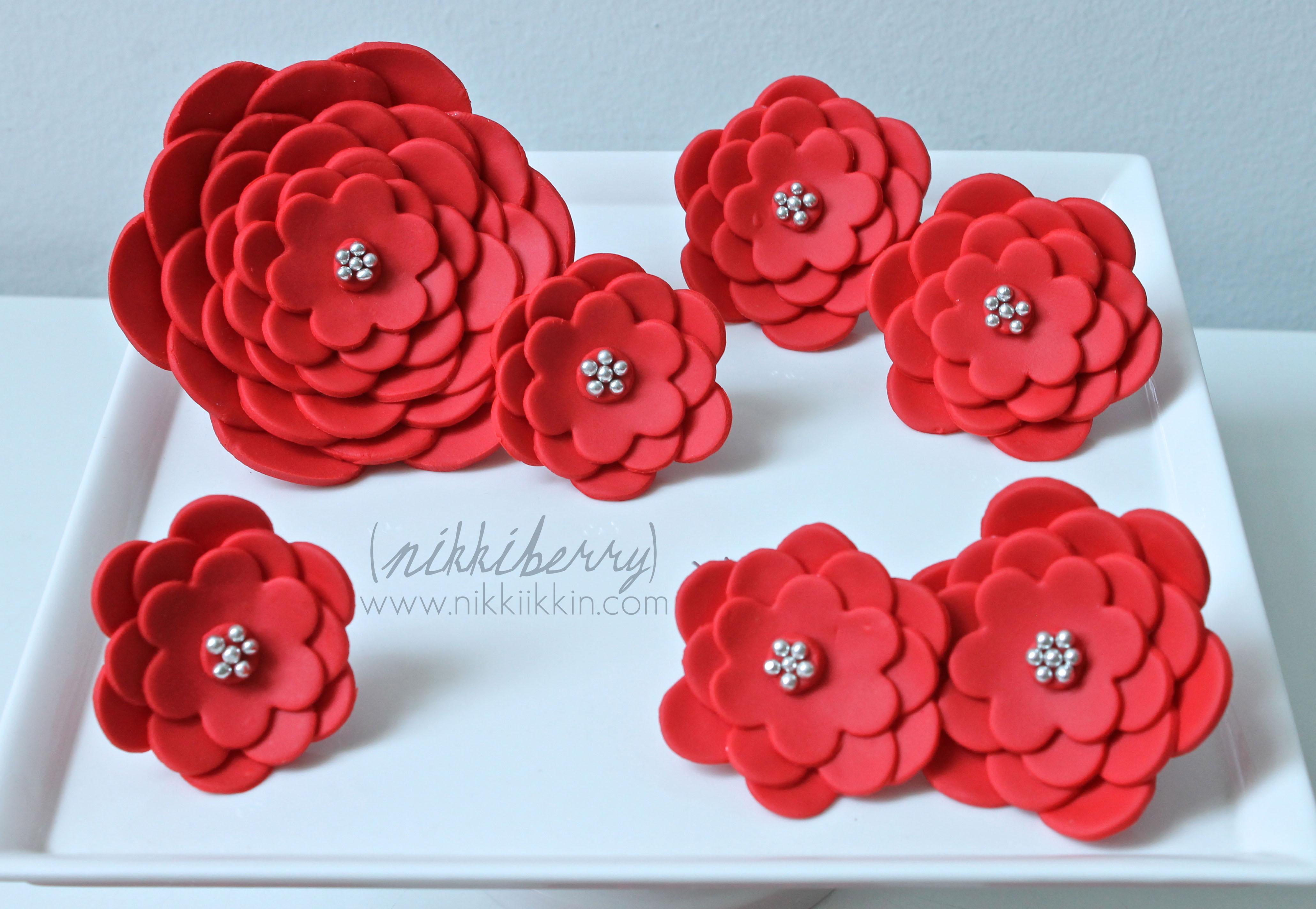 flower fondant cakes