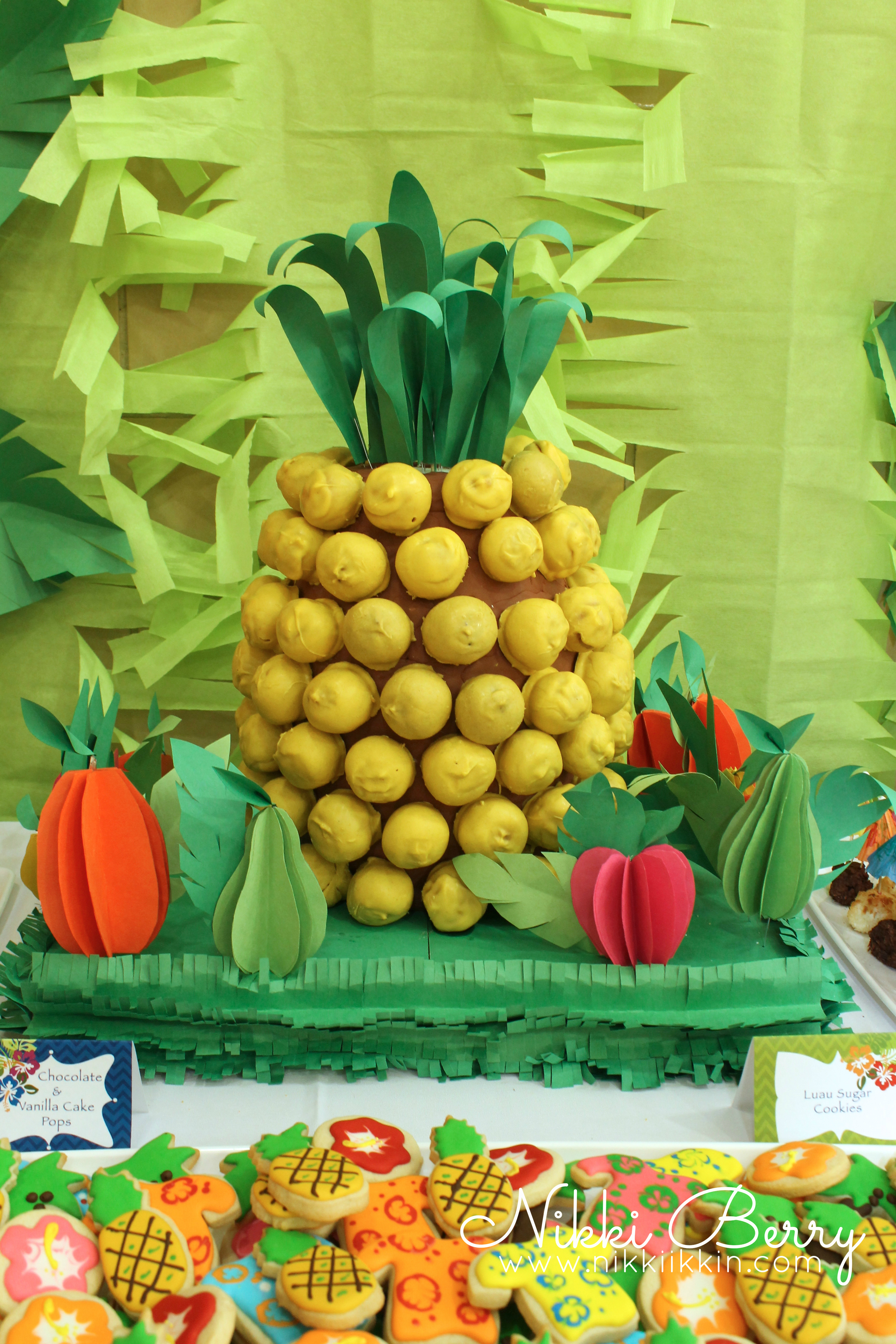 Pineapple Cake Pop Display