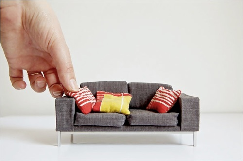 new-york-times-modern-miniature-dollhouse-sofa