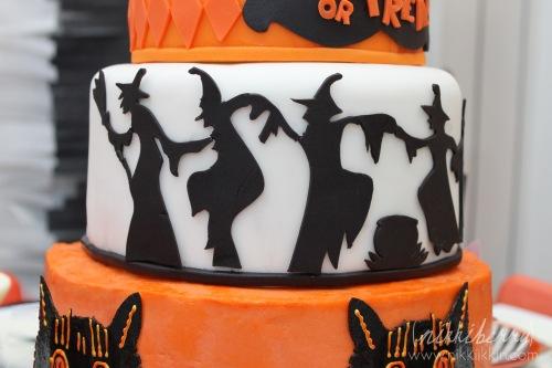 nikkiikkin halloween party 11