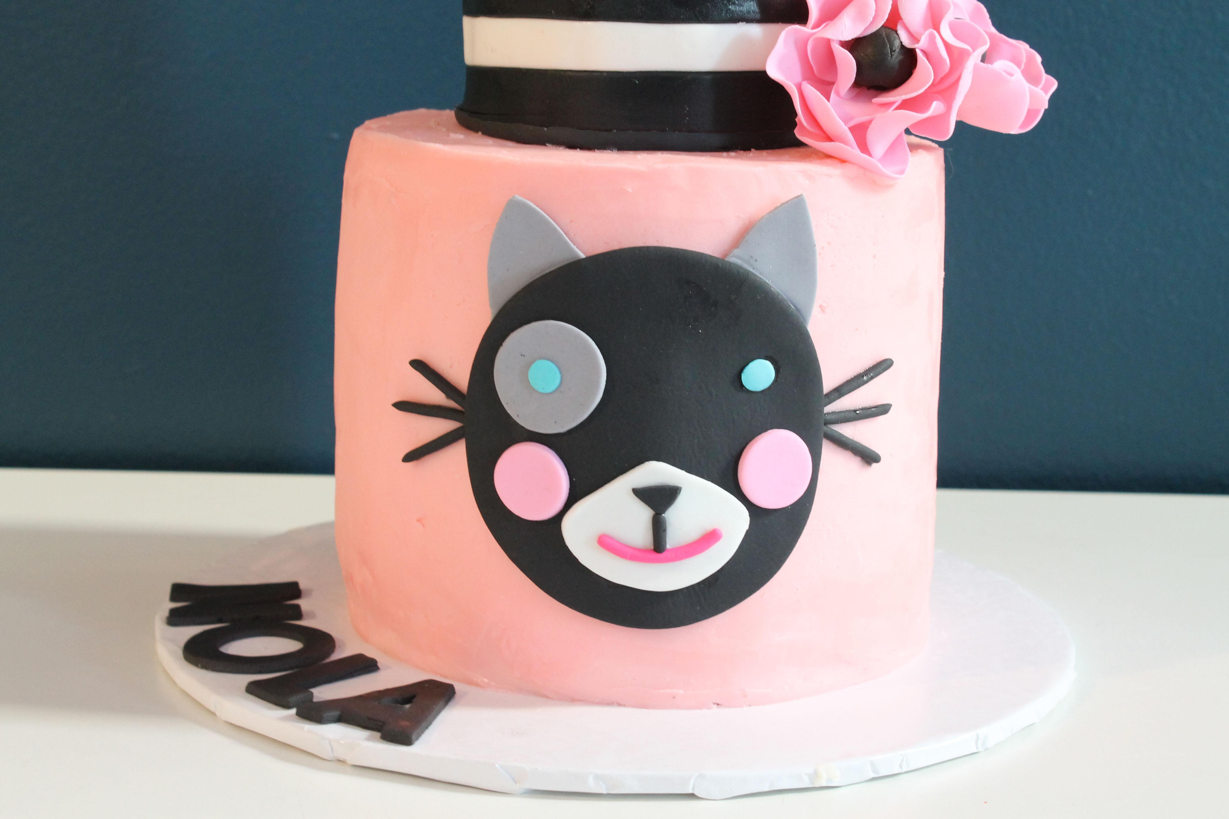 Blabla Cat Cake