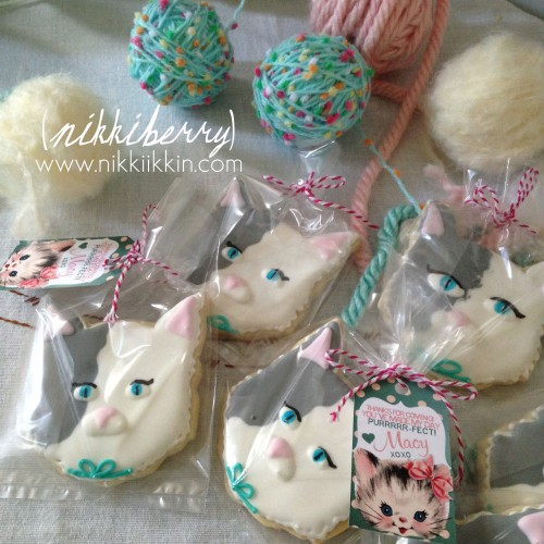 nikkiikkin cat cookie 2