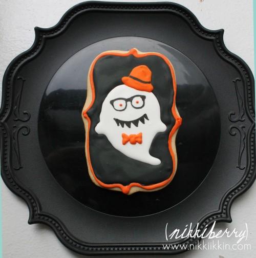 Nikkiikkin hipster ghost 1